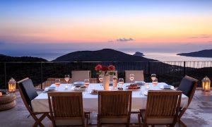 the-greek-wine-experience-villa-tasting